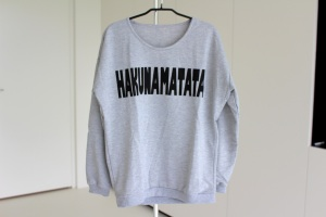 giveaway, give away, hakunamatata, sweater, noa & ivy